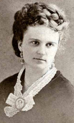 biographical approach to kate chopins the story of an hour essay The autonomous female self and the death of louise mallard in kate chopin's 'story of an hour  an undiscovered kate chopin essay  a new biographical approach.